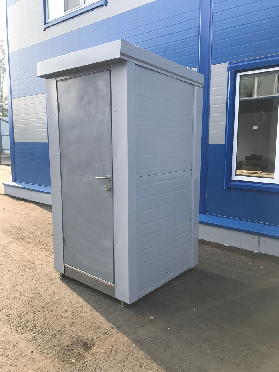 купить теплую туалетную кабину